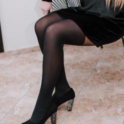 Zamša kurpes ar spīdīgu papēdi, papēdis 8,5 cm