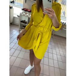 Dzeltena kleitiņa