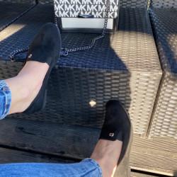 Melnas zamša kurpītes