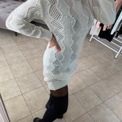Balta - adīta kleita ar pērlītēm