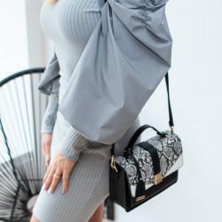 Pelēka kleita ar skaistām rociņām