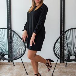 Melna klasiska kleitiņa, savilktas piedurknes