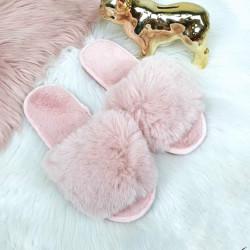 Superīgas rozā pūku čībiņas