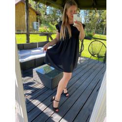 melna kleitiņa ar kruzuļiem