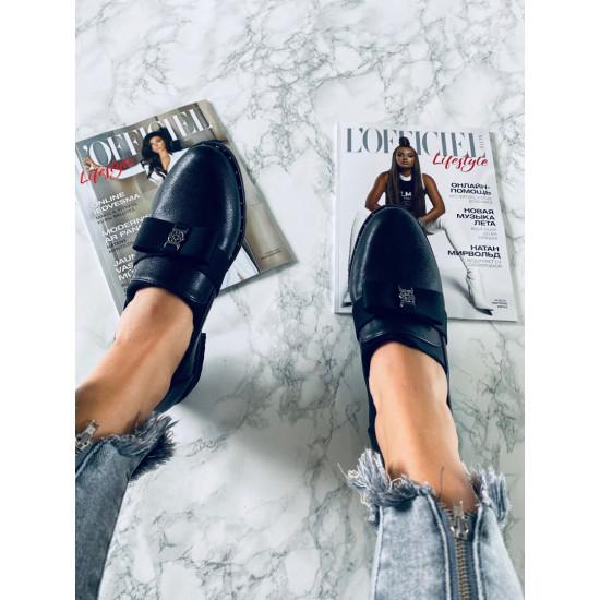 Melnas kurpītes