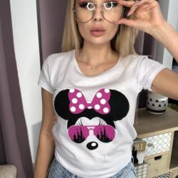Balts t-krekls