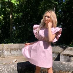 Pūderrozā kleita