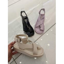 Violetas krāsas, gumijotas sandales