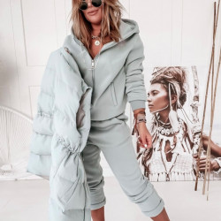 Mint krāsas kostīms 3 in 1 , bikses, jaka, veste