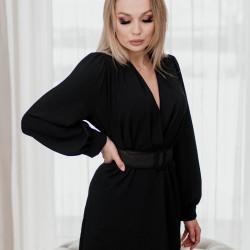 Melna kleita ar jostu