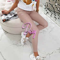 Superīgās ādas bikses maigi rozā